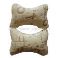 米黄毛绒头枕